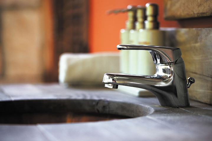 A2B Plumbers are able to fix any leaking taps you may have in Mortlake.
